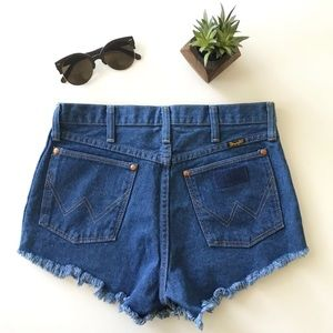 {wrangler x nasty gal x after party} denim shorts